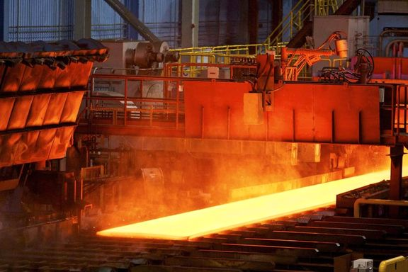 اثرات ریالی بر درآمد فولادیها کاهش یافت/ پیروی درآمد فولادیها از مقدار فروش