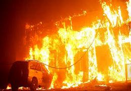 آتش سوزی بزرگ در ساختمان در حال ساخت  در جنت آباد تهران + فیلنم