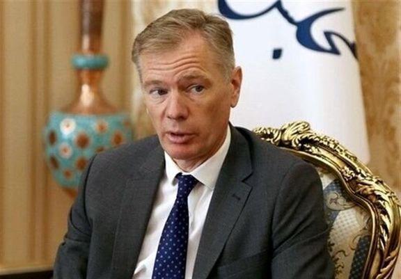 «مک ایر» سفیر انگلیس از ایران به انگلیس سفر کرد