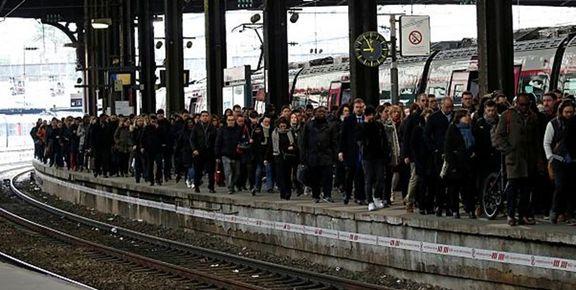 اختلال در شبکه ریلی فرانسه به دلیل اعتصاب کارگران