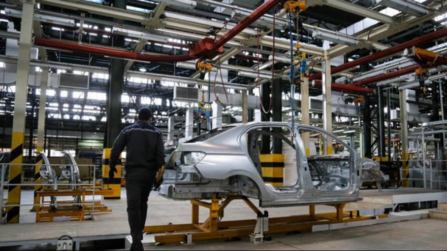 حال ناخوش صنعت خودروسازی/ افزایش قیمت دیگر دردی دوا نمیکند / با این روند قطعهسازیها تا دو ماه دیگر تعطیل میشوند