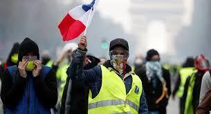 منفجر شدن دست یک جلیقه زرد در اعتراضات