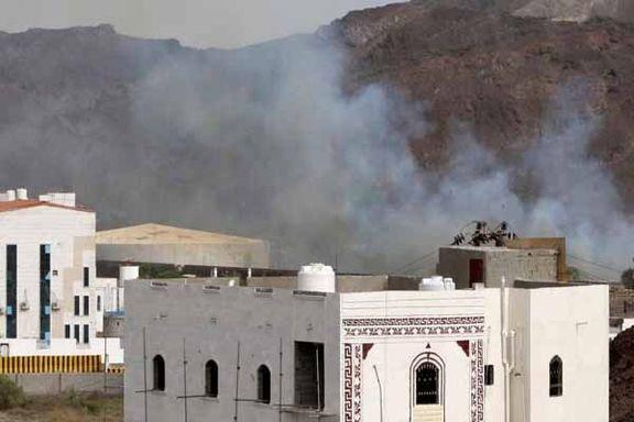 ادامه جنگ نیابتی عربستان و امارات/ تردد در خیابانهای عدن فلج شد