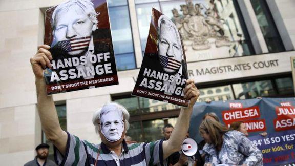بریتانیا حکم استرداد جولیان آسانژ را امضا کرد