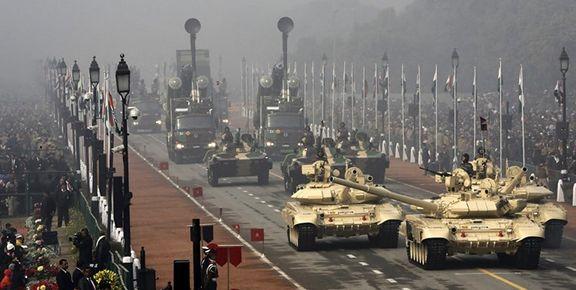 استقرار تانکهای «تی-90» هند در مرز با پاکستان