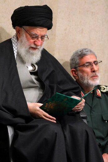 تصاویری از سردار قاآنی در کنار رهبر انقلاب در مراسم بزرگداشت سردار سلیمانی