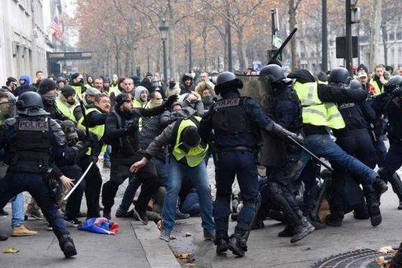 معترضان خشمگین به نزدیکی کاخ ریاست جمهوری فرانسه رسیدند