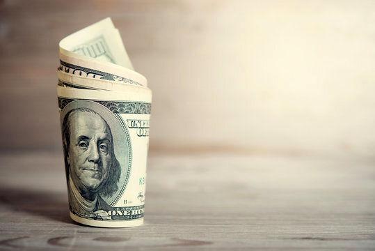 ارزش دلار برای دومین روز متوالی کاهش یافت