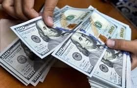 ادامه روند ریزش قیمت دلار در بازار / قدرت گیری فروشندگان دلار در بازار