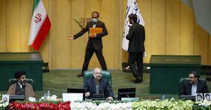 اولین جلسه علنی مجلس به ریاست قالیباف شروع شد