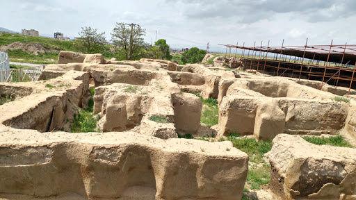 آتشسوزی تپه هگمتانه آسیبی به آثار تاریخی نزد
