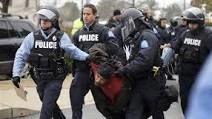 زن جوانی که پلیس آمریکا بیناییاش را گرفت + فیلم