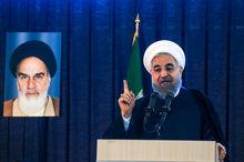 سخنرانی روحانی در جمع مردم تبریز