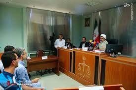 مشایی در دادگاه انقلاب به حبس 6.5 ساله محکوم شد
