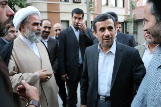 جبهه پایداری کارت احمدی نژاد را رو می کند؟