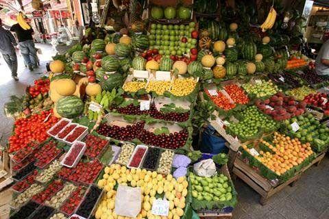 گرانی میوه باعث نظارت بیشتر تعزیرات بر گران فروشی در این صنف است