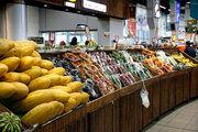 قیمت هر کارتن آناناس بین ۹۰۰ هزار تا یک میلیون ۳۰۰ هزار تومان