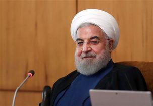 جشن تولد ۷۱ سالگی روحانی در هواپیما+ عکس