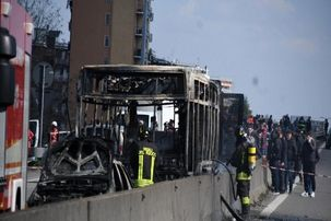 بازداشت یک راننده پیش از آتش زدن دانش آموزان!