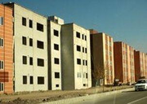 رئیس سازمان برنامه و بودجه تفاهم نامه احداث 1000 واحد مسکونی برای اقشار محروم در قم را امضا کرد