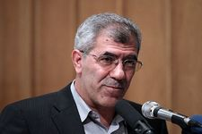 رئیس دانشگاه صنعتی شریف برای چهار سال دیگر در سمت خود ابقا شد