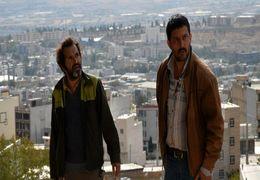 حامد بهداد جایزه جشنواره فیلم شانگهای خود را به عباس کیارستمی تقدیم کرد