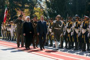 رئیس جمهور ایران از برهم صالح در سعدآباد استقبال کرد