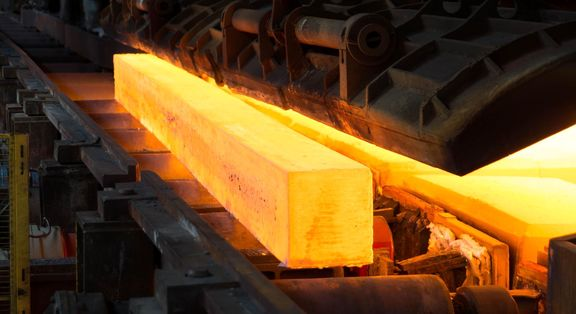 رشد 9 درصدی تولید شمش فولاد در بهار ۱۴۰۰