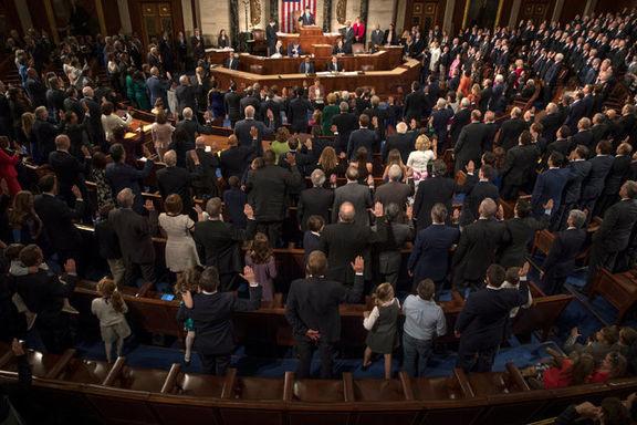 نظرسنجی ها حاکی از پیروزی دموکرات ها در انتخابات کنگره است