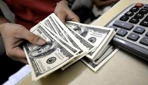 تداوم روند کاهش قیمت دلار و یورو در معاملات بازار متشکل ارزی