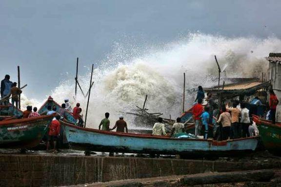 """احتمال طوفان """"وایو""""  در هند/ تخلیه ۳۰۰ هزار نفر را از خط ساحلی"""