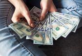 دلار خلاف جهت 3 روز گذشته با افزایش قیمت در جهان همراه شد