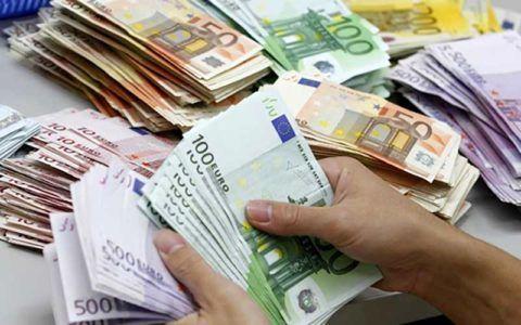 نرخ دلار در بازار ثانویه روند کاهشی دارد / هر دلار آمریکا  ۷۹.۲۴۵ ریال