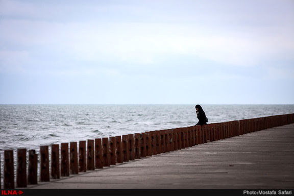 سران ۵ کشور ساحلی چندین بچه ماهی خاویاری را در خزر رها کردند
