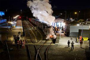 تصادف قطار در هند جان صدها نفر را گرفت