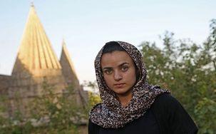 دیدار عجیب دختر ایزدی با شکنجه گر داعشی خود که او نیز به آلمان پناهنده شده بود