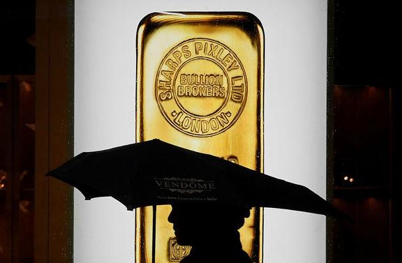 افت قیمت طلا در معاملات بازارهای آسیایی / سرمایهگذاران در انتظار بسته نجات مالی جو بایدن