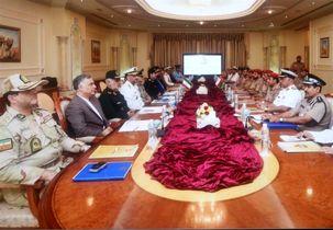 امضای تفاهمنامه همکاریهای نظامی بین ایران و عمان